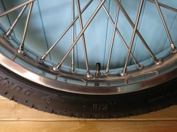Aluminium Flangless Rim with stainless steel spokes